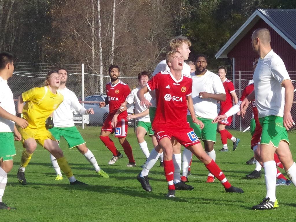 Här är Elias Fribergs 2-0-mål på gång efter en hörna.